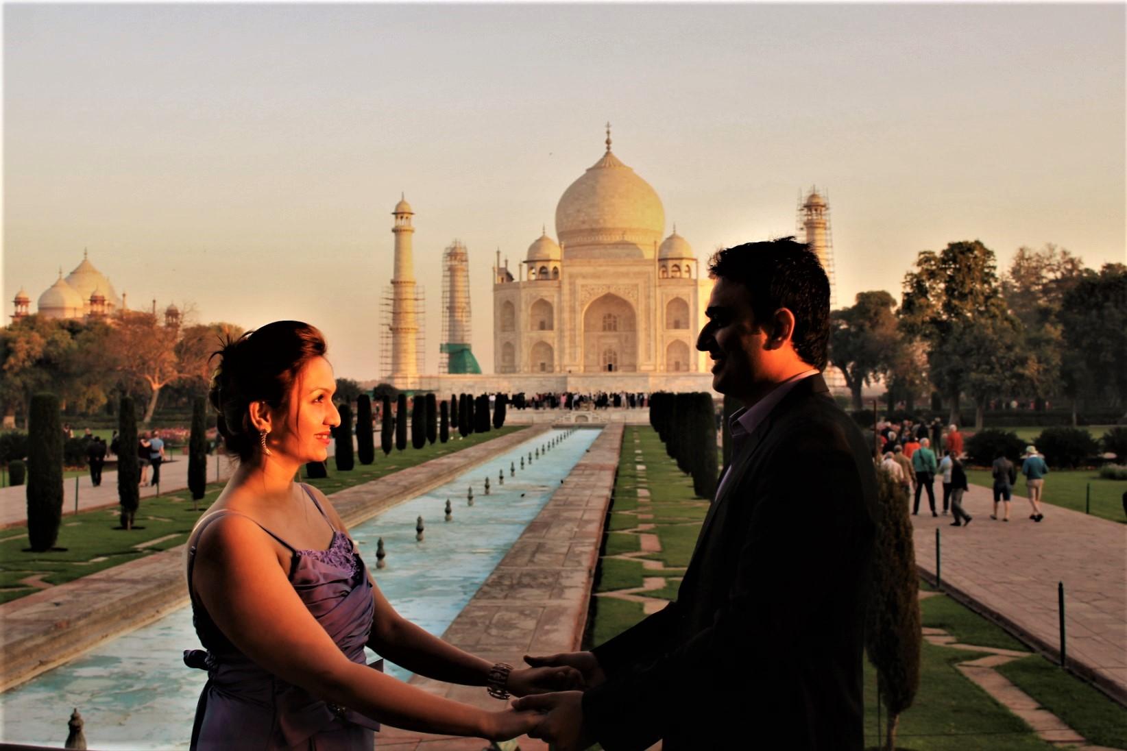 Maya Rahul At Taj 3.jpg